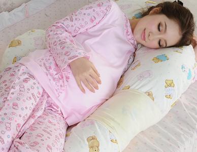 孕妇正确的睡姿 图解